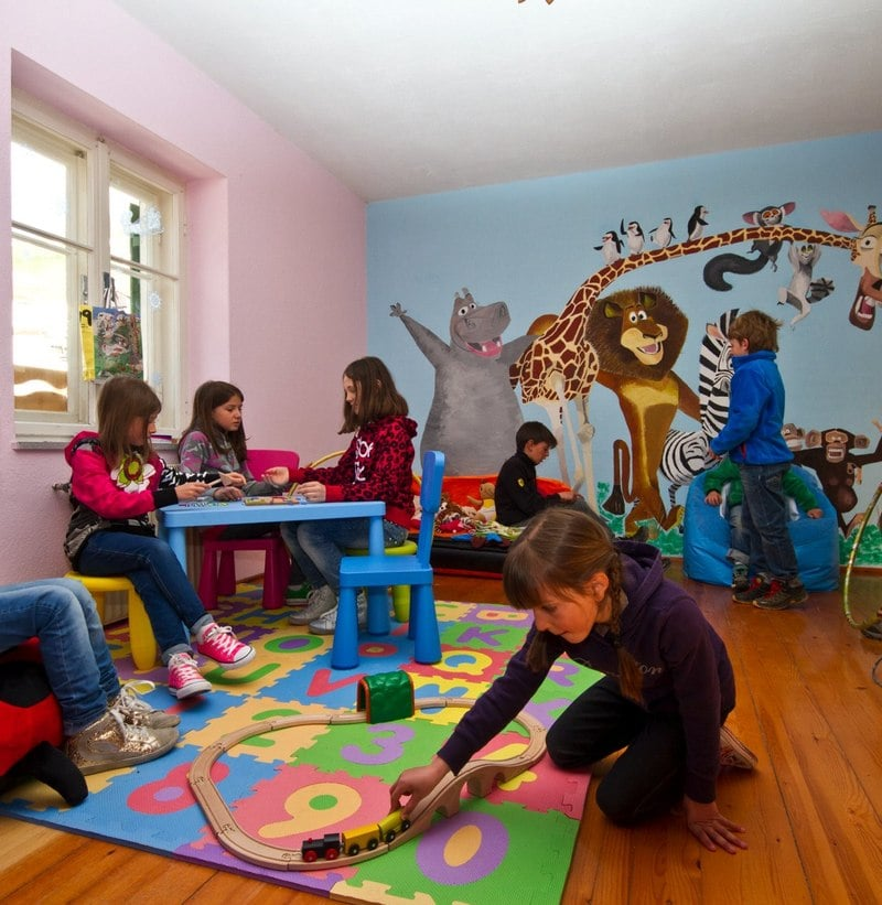 Ski Kindergarten