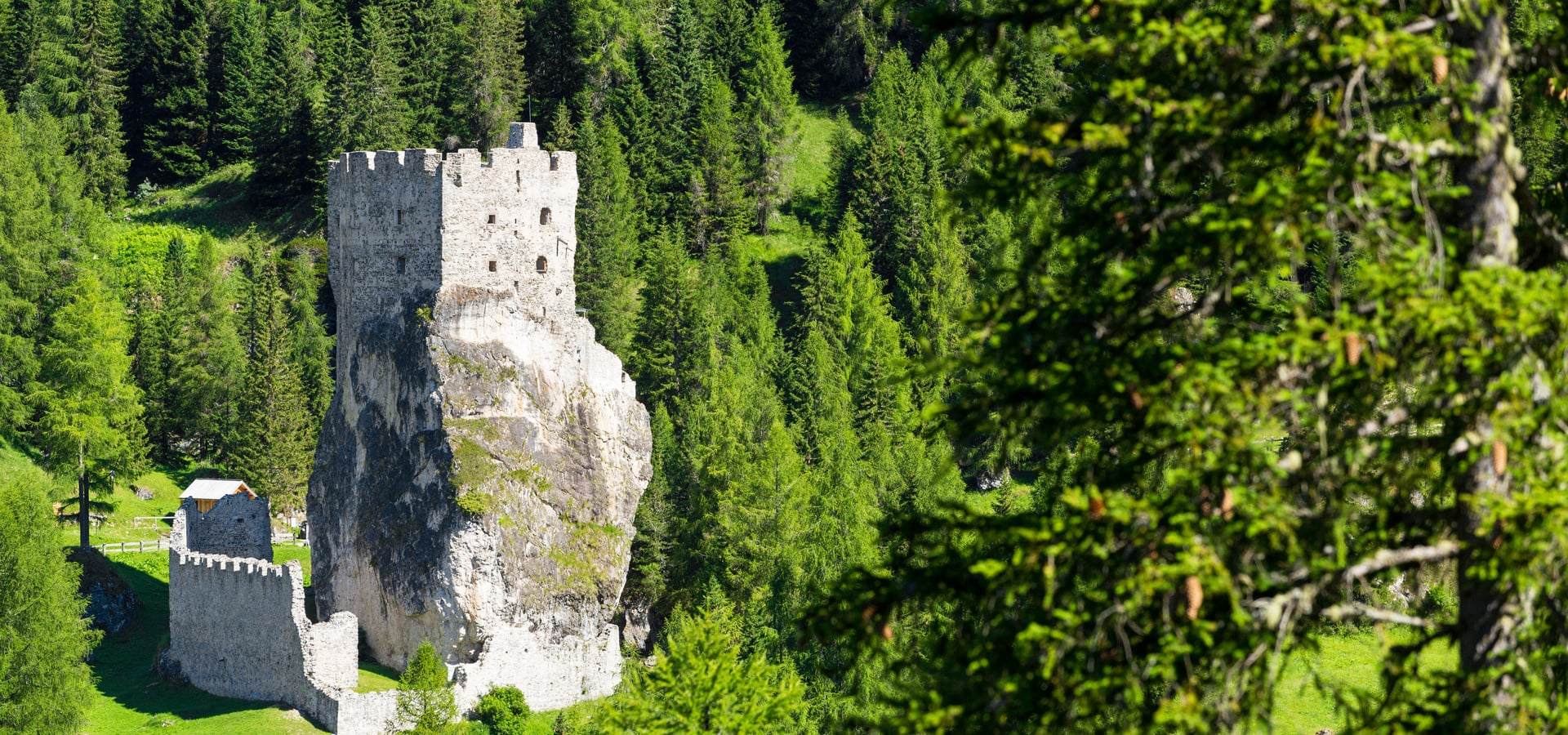 Until 25.09.16 Andraz Castle