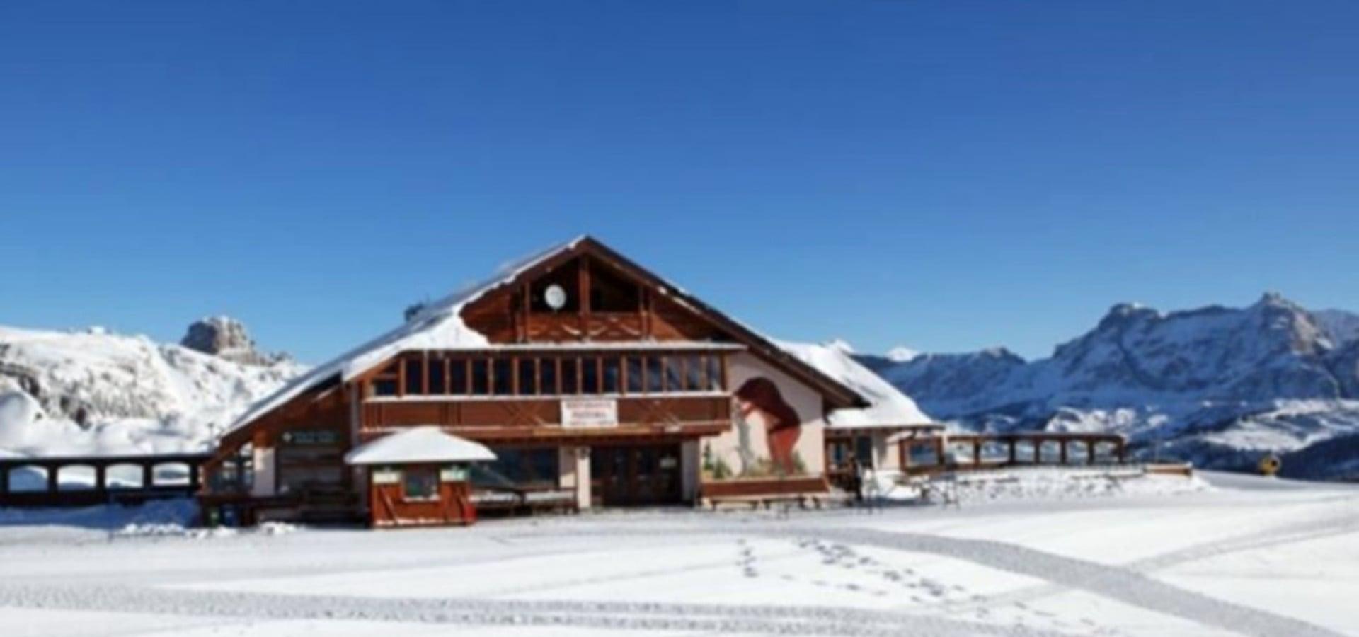Bec de Roces Hut