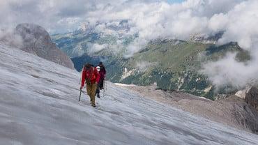 Trekking auf dem Marmolada-Gletscher