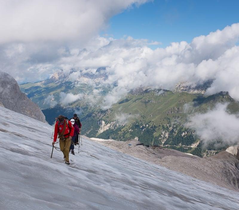Trekking sul ghiacciao della Marmolada
