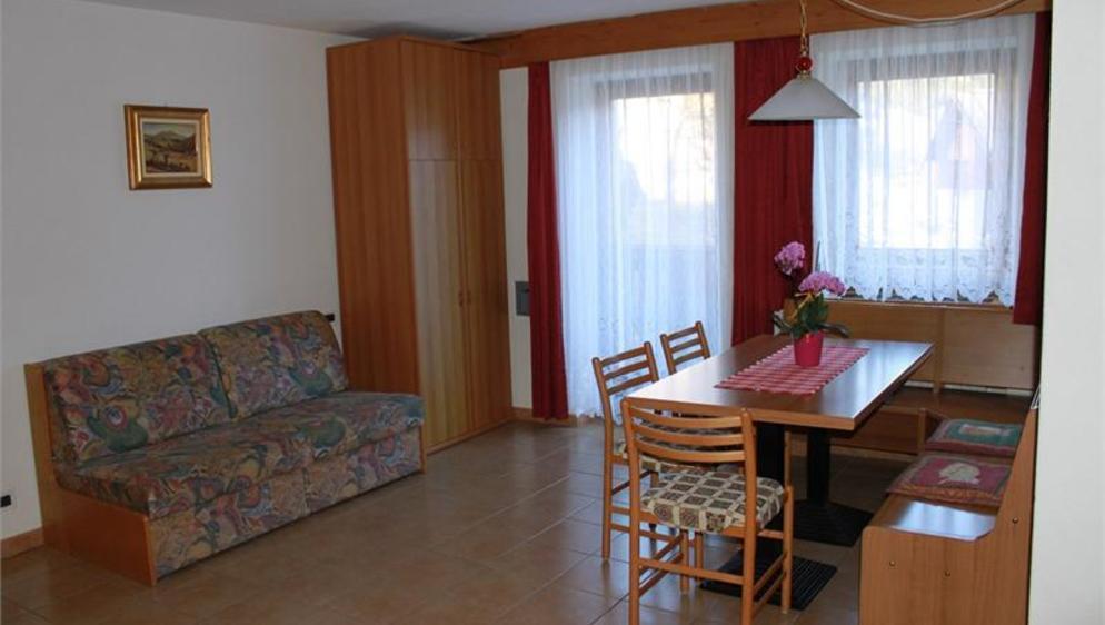 Apartments Giglio Rosso