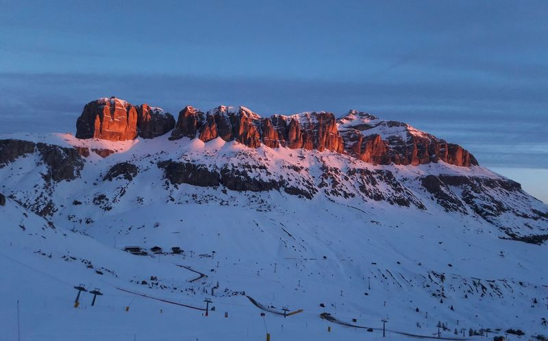 Arabba is the right destination to enjoy an unforgettable Valentine's Day on the slopes of Dolomiti UNESCO