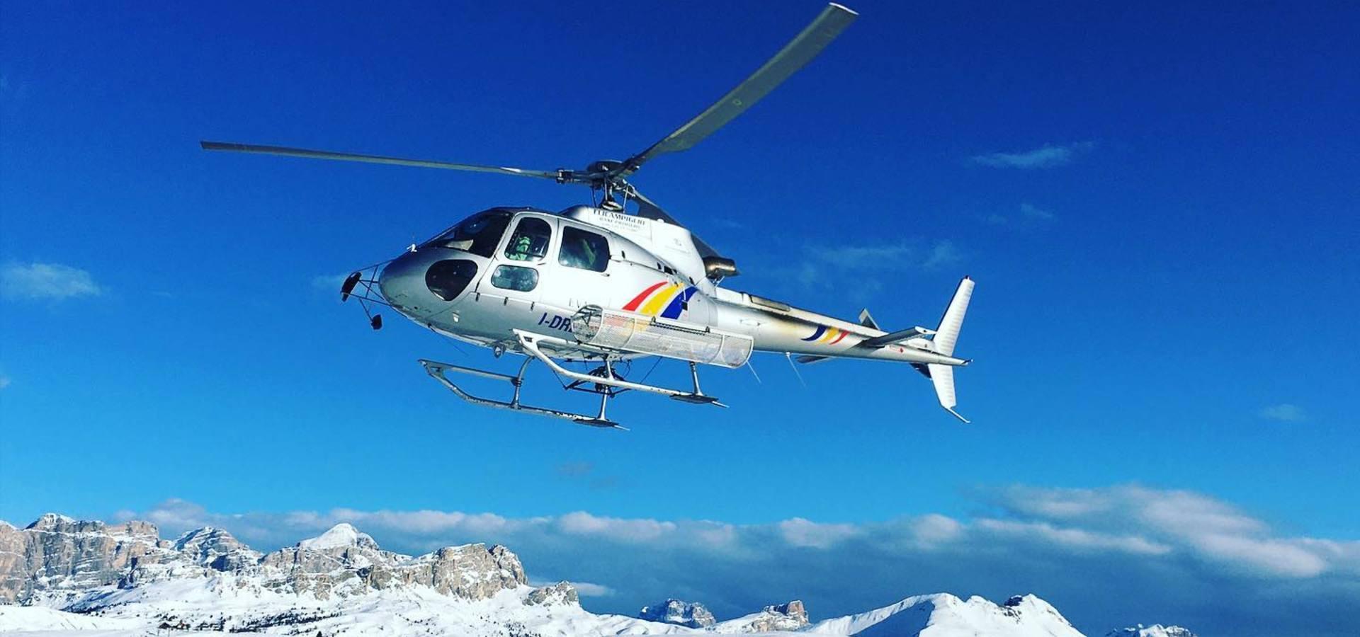 Helikopterflüge in den Dolomiten