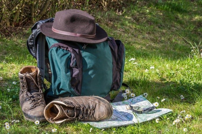 GOING TO THE MOUNTAINS - 6 rules for hiking responsibly