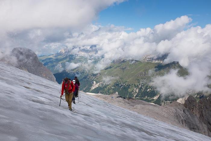 Trekking sul ghiacciaio con guida alpina