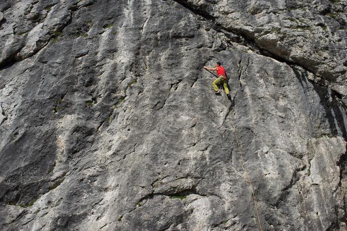 Versuchen Sie Klettern mit einem Bergführer